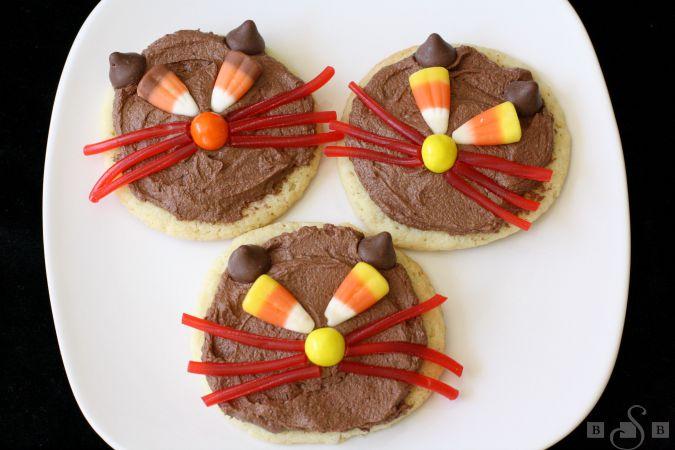 Scaredy cat cookies
